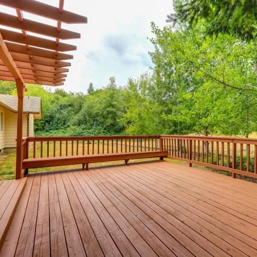 Best Hands Roofing installs decks